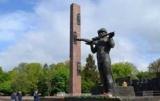 Львов объявил о демонтаже стелы Мемориала славы советских войск