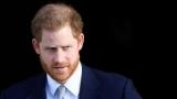 Принц Гарри вернулся в Великобританию без жены и сына